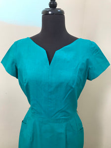 "Bust 36"" - 1960's Handmade Kelly Green Cotton Wiggle Dress with Pockets"
