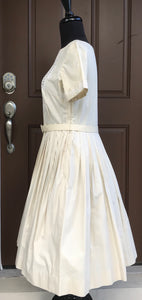 "Bust 36"" - 1950's/early 60's Cream colored Day dress with floral detail and Belt"