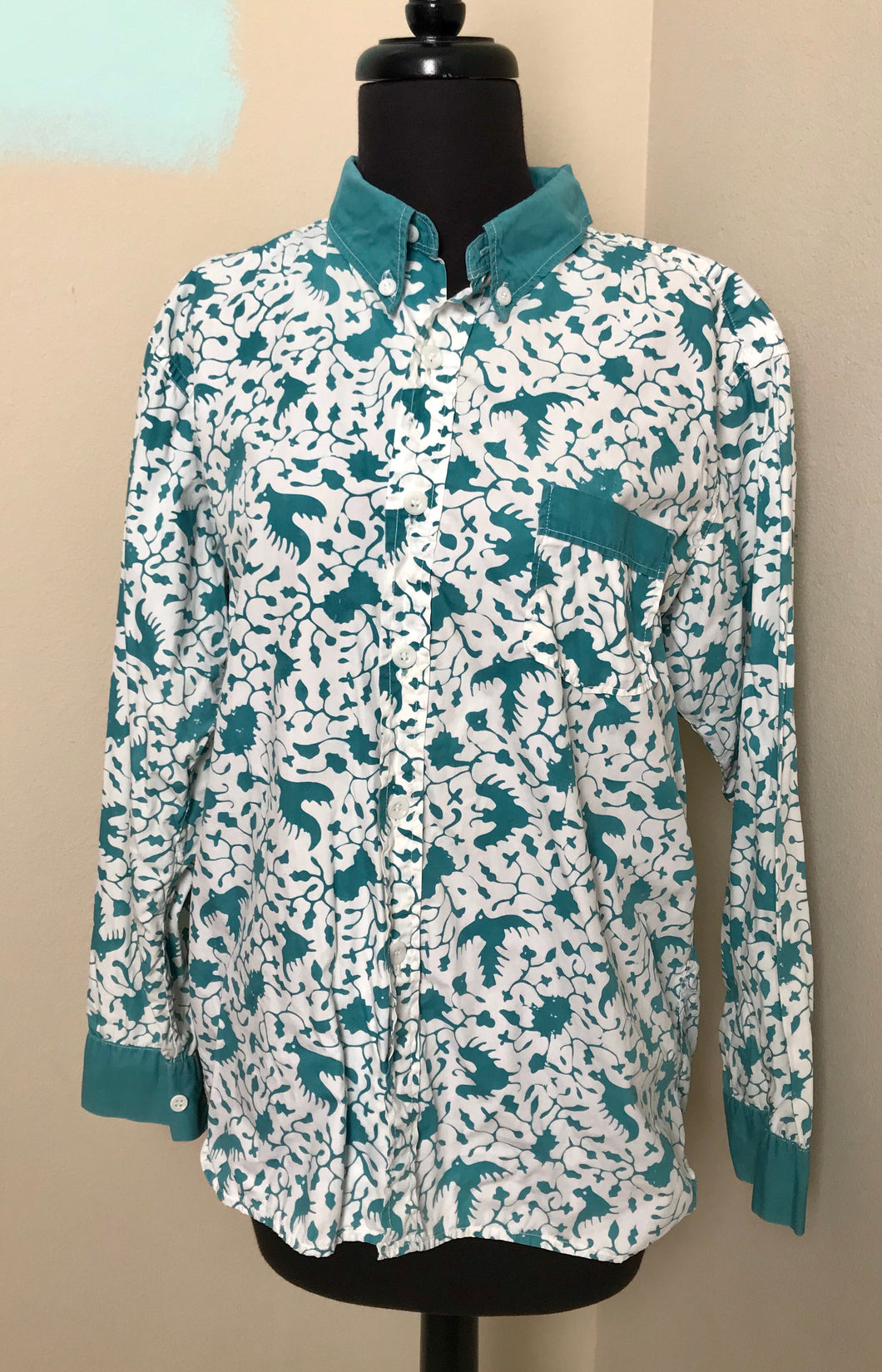 "Bust 44"" - 1960's Button up Shirt - Bird Print in Teal"