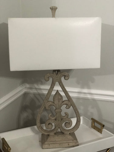 Fleur De Lis Table Lamp in Antique White Finish