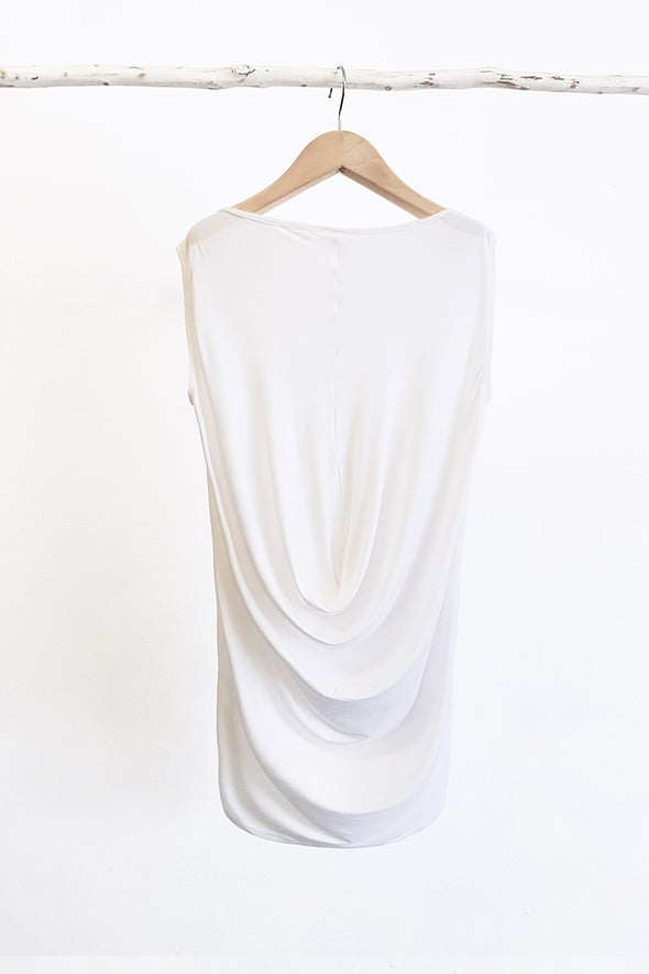 DRAPE BACK TOP - Tluxe