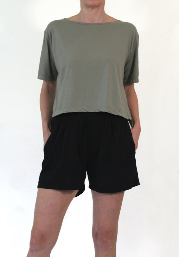 ORGANIC COTTON JERSEY SHORT - BLACK - Tluxe
