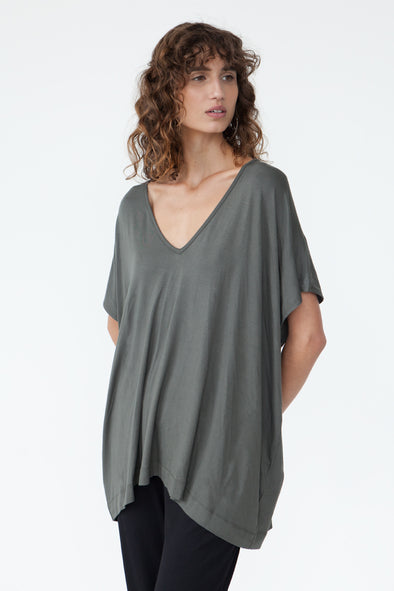 BAMBOO PONCHO TOP - OLIVE - Tluxe