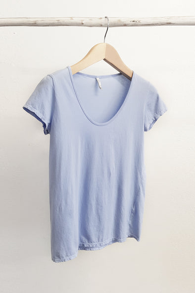 ORGANIC COTTON PERFECT TEE - POWDER BLUE - Tluxe