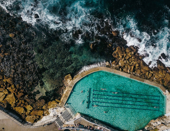 CHRIS PRESTIDGE PHOTO - BRONTE POOL - Tluxe
