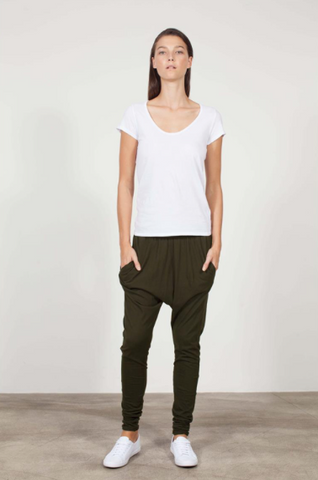 ORGANIC COTTON SLOUCH PANT - DARK OLIVE