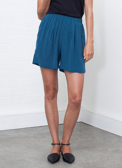 SILK EASY SHORT - Tluxe