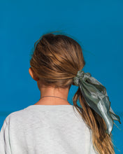 Load image into Gallery viewer, Ribbon Scrunchie