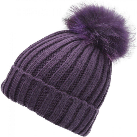 Beanie hat with pompom