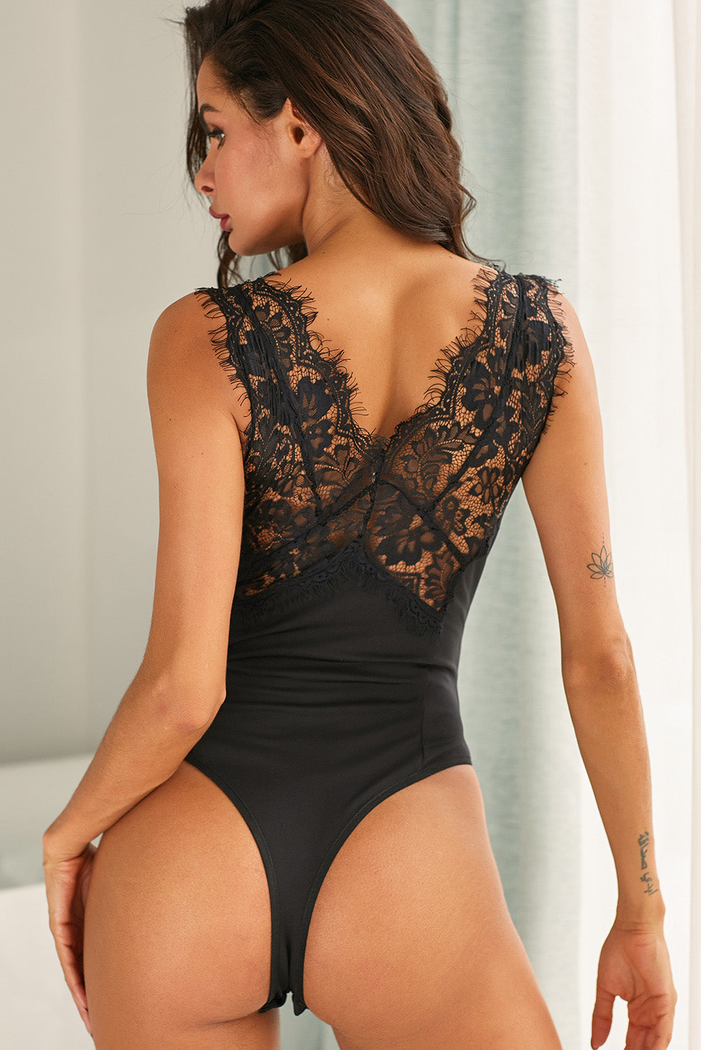Black Sexy Lace Splicing Deep V Neck Sleeveless Bodysuit