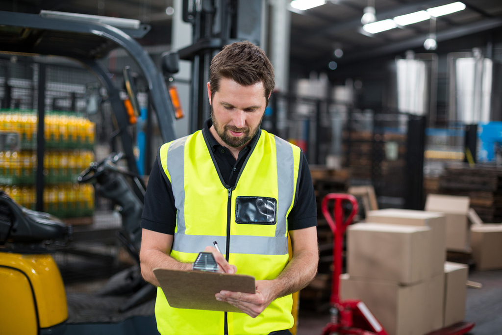 5 Things You Need To Know Before Buying A Forklift