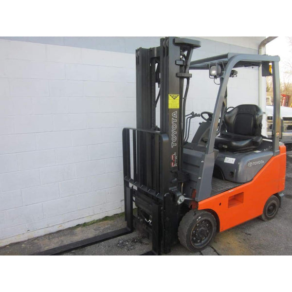 2010 Toyota 8FGU15 Gas 3000LBS Forklift 119H Cushion Tires w/ Side Shift - Forklifts