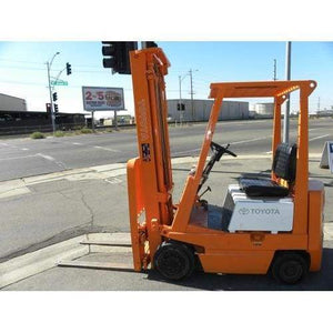 Toyota 40-3FGC15 3000LBS LPG Forklift w/ Sideshift Cushion Tires 3 Stage Mast - Forklifts