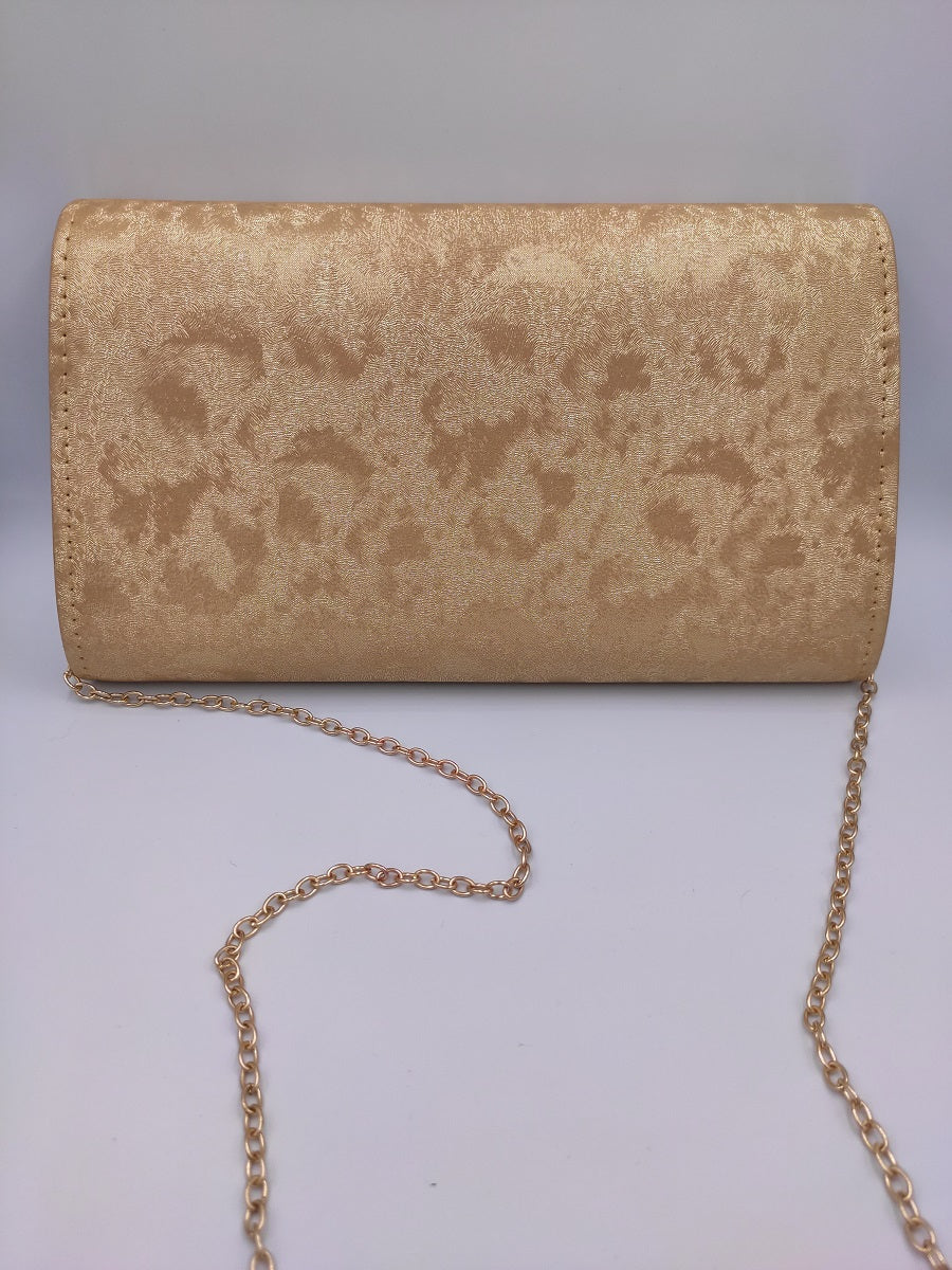 gold-envelope-with-gold-chain-backside-grey-background