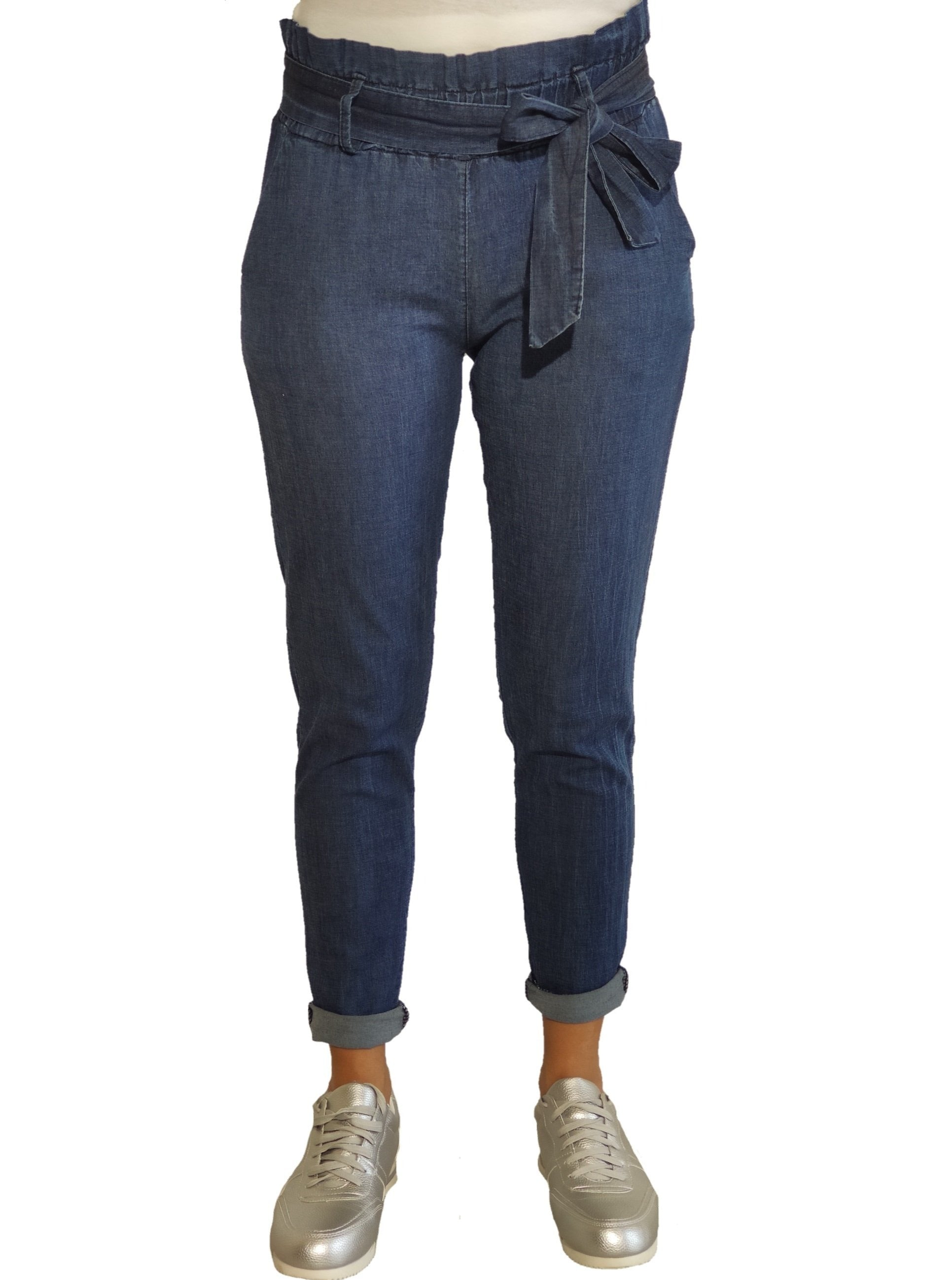 a-woman-wears-a-jean-trouser-with-bow-front-side