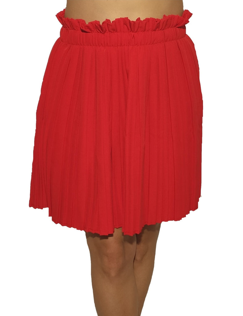 girl-wears-a-red-elastic-skirt-with-motive