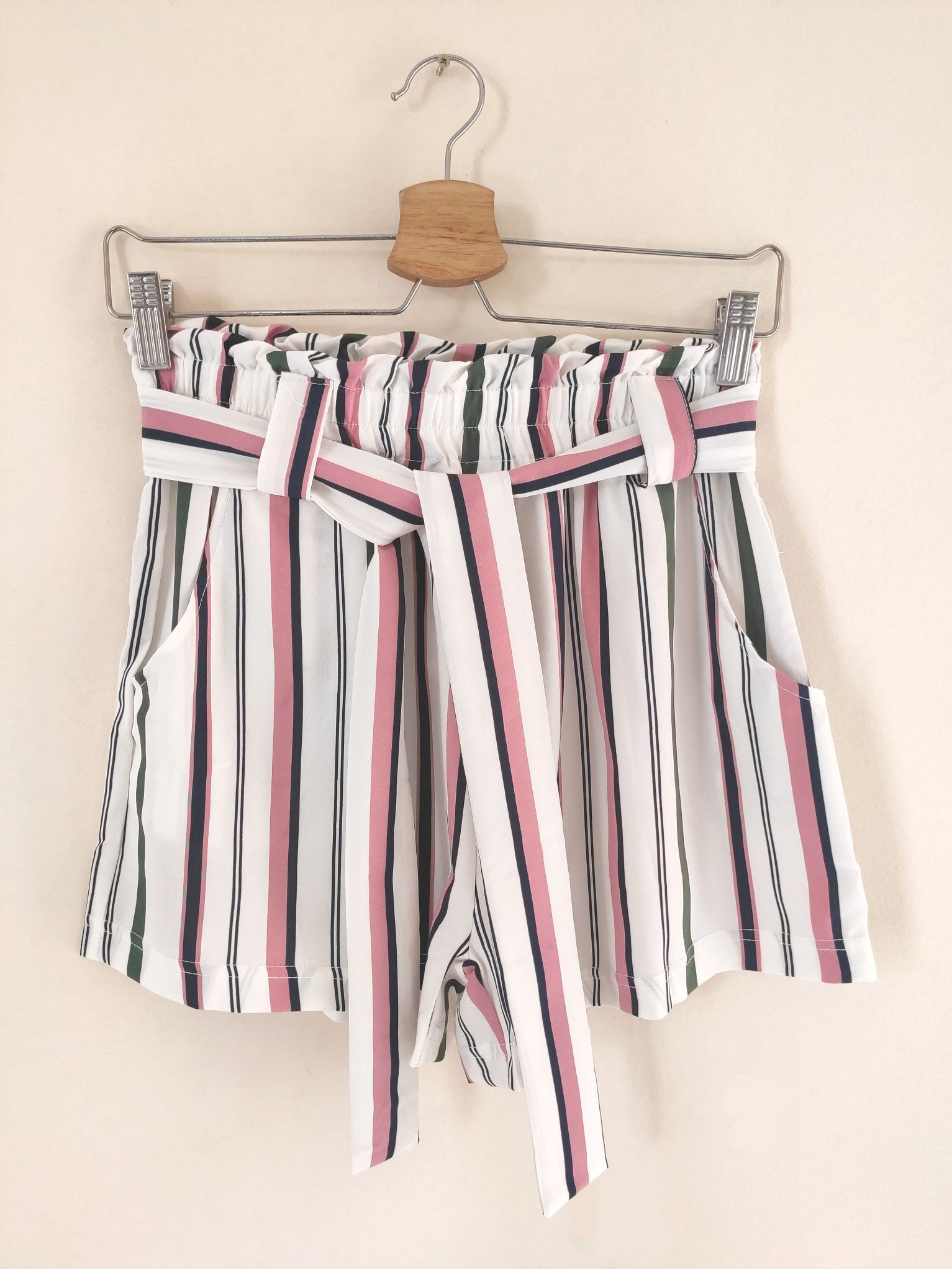short-shorts-with-stripes-and-bow-front-on-a-hanger