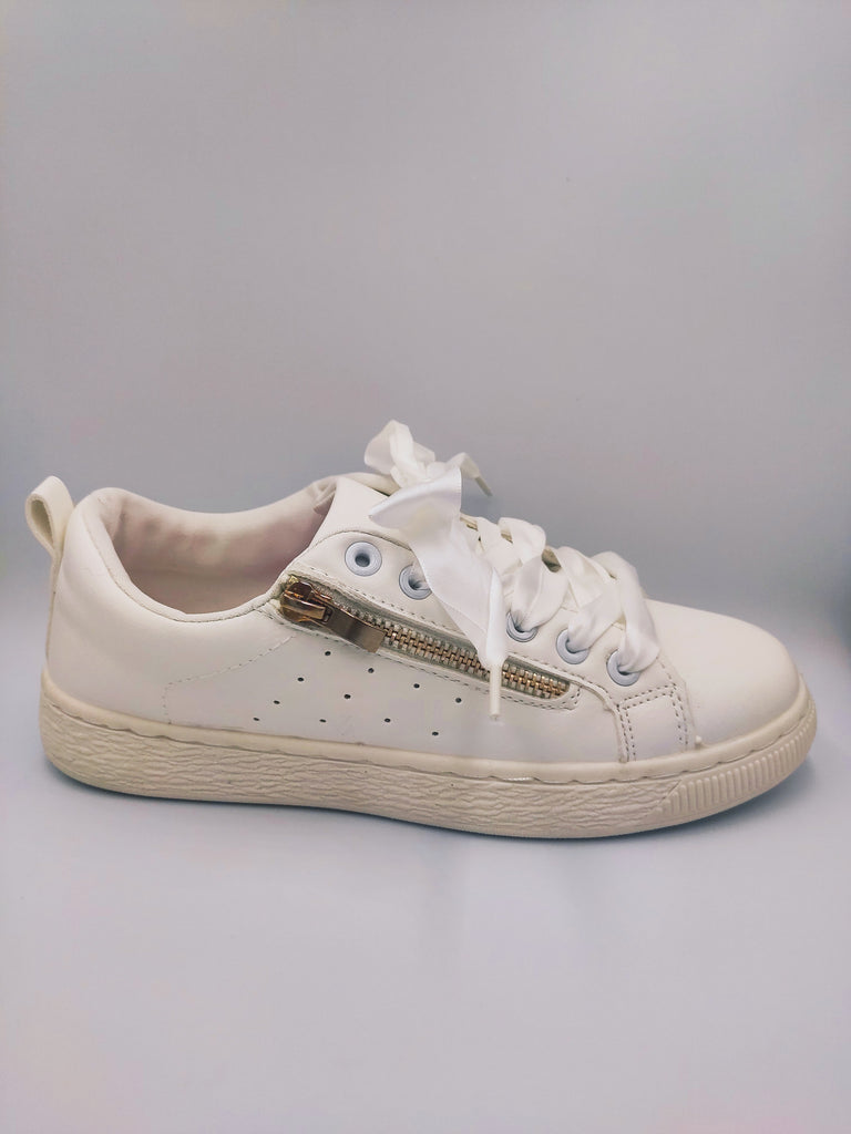 white-sneakers-with-gold-raser-side-1-grey-background