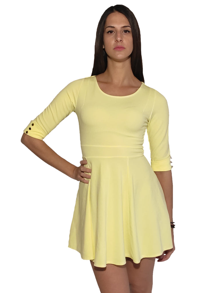 girl-wears-a-yellow-mini-dress-front