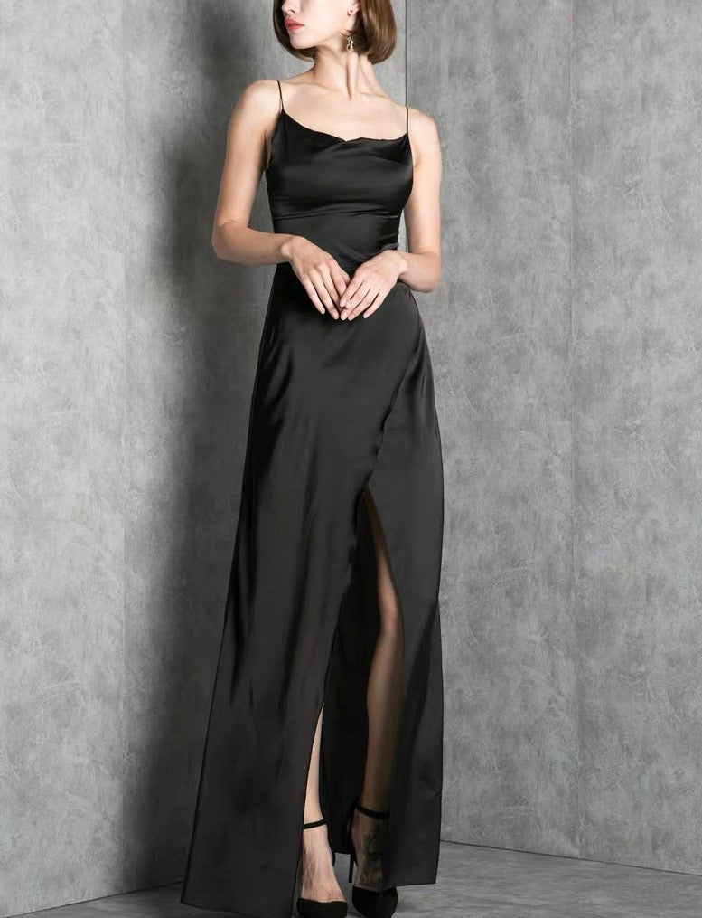 Lite Silky Black Sleek Gown