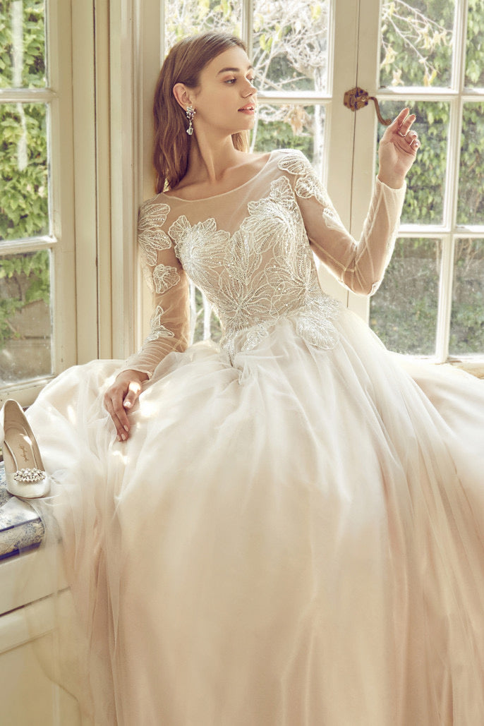 AL Hibiscus Lace Tulle Gown