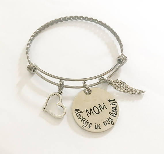 Memorial bracelet - Remembrance jewelry - Mom - A Woman Knows Best