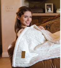 Load image into Gallery viewer, Premium Cable Knit Cotton Throw
