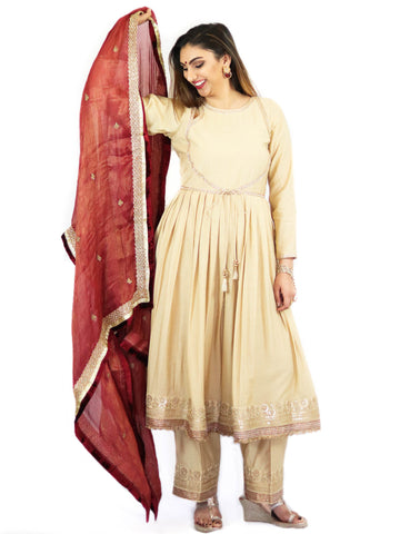 Rent Off White Anarkali With Pants & Maroon Dupatta