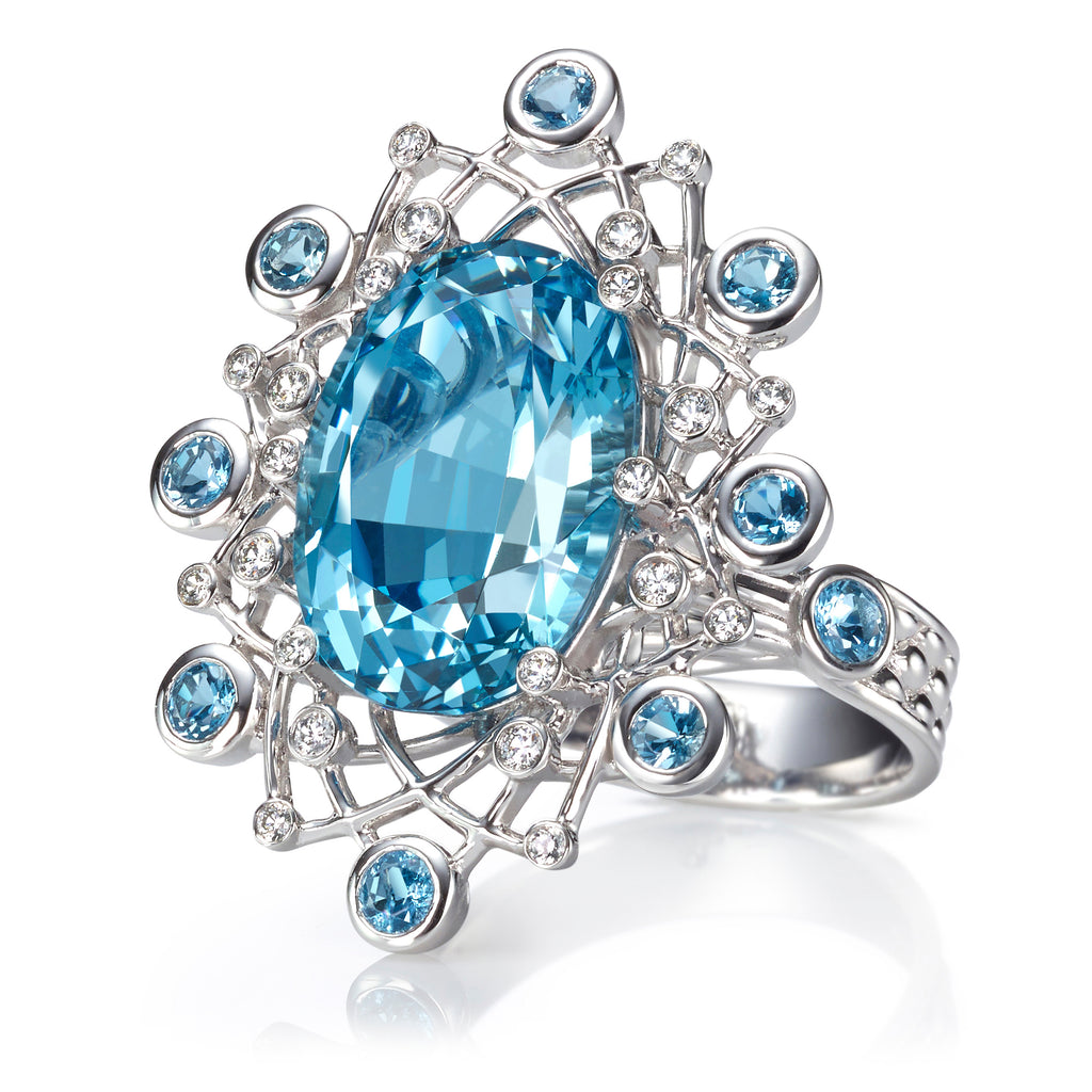 Aquamarine and Diamond Platinum Ring