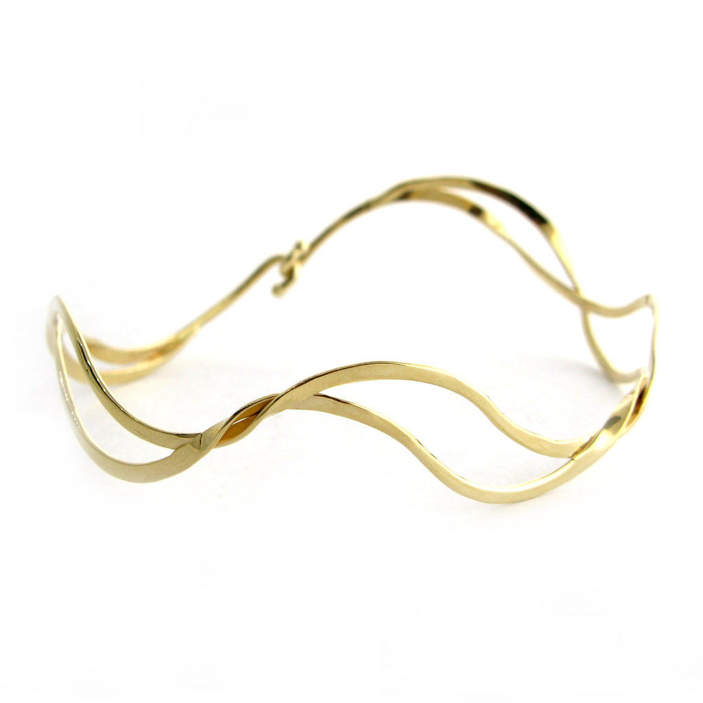 Ocean Waves Bangle Bracelet-14kt.