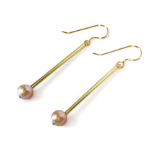 Load image into Gallery viewer, Peach Pearl Earrings