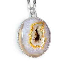 Load image into Gallery viewer, Druzy Agate Cabochon Necklace