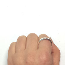Load image into Gallery viewer, Sterling Silver Ring