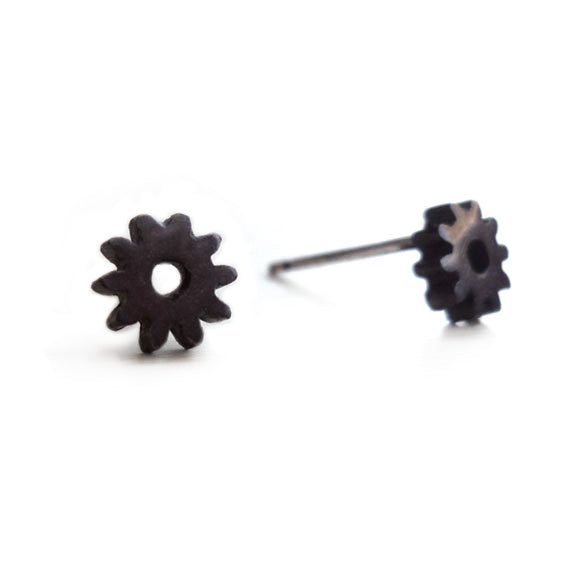 Teenie Black Gear Studs
