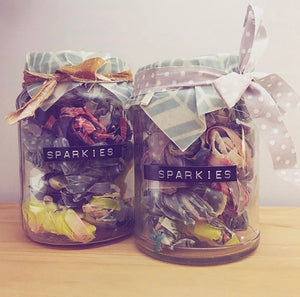 'Sparkies' beeswax firelighters