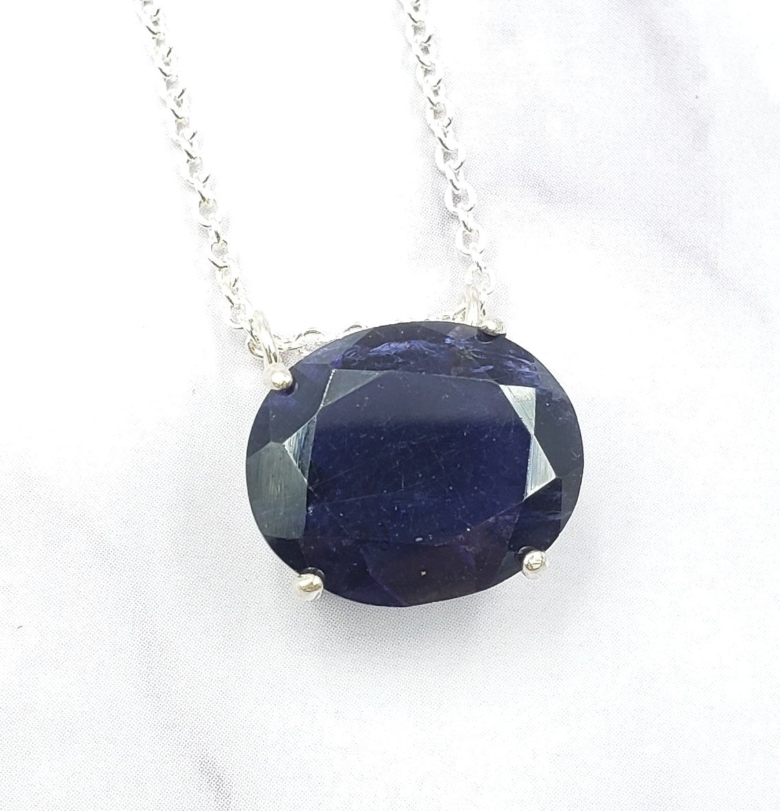 Oval Iolite Necklace