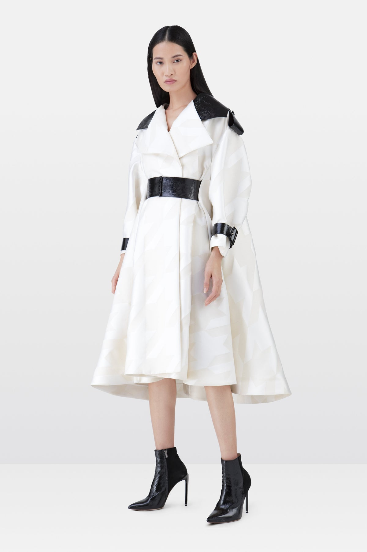 Snow White Contrast Silk Houndstooth Coat