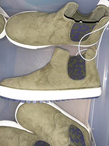 "NWT ""Anton"" Boys Sneakers"