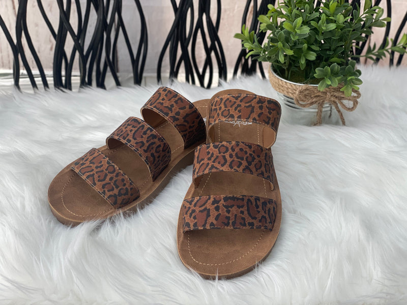 Danisha Leopard Sandal - Catching Fireflies Boutique