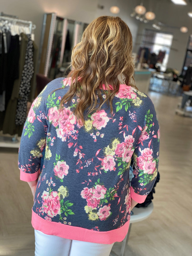 Load image into Gallery viewer, 3/4 SLEEVE FLORAL TUNIC TEE