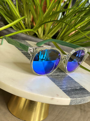 Load image into Gallery viewer, BARBADOS SUNGLASSES IN BLUE