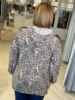 Load image into Gallery viewer, COZY ANIMAL PRINT HOODIE