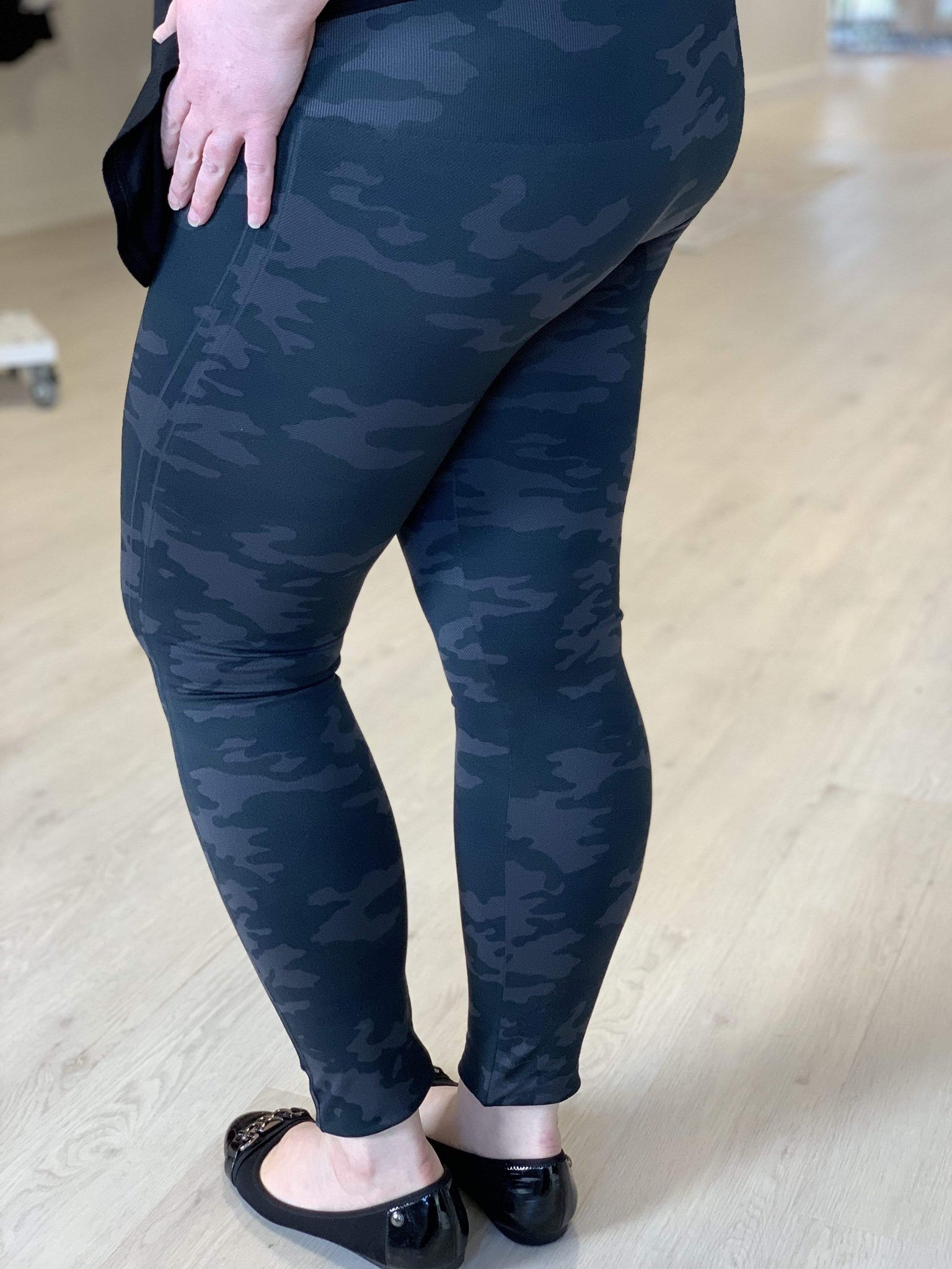 90b41b725f26f Spanx© LOOK AT ME NOW SEAMLESS LEGGING — Love Marlow