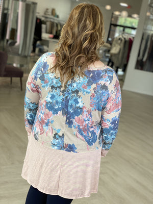 FLORAL TUNIC TEE WITH CONTRAST HEM AND CUFF
