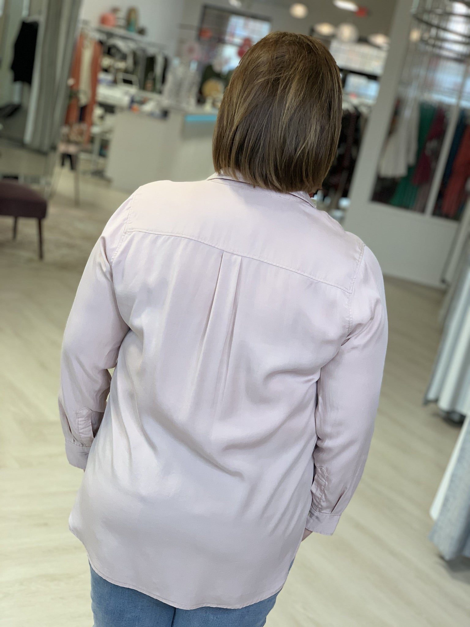 HI-LOW BUTTON UP BLOUSE WITH FRONT POCKET