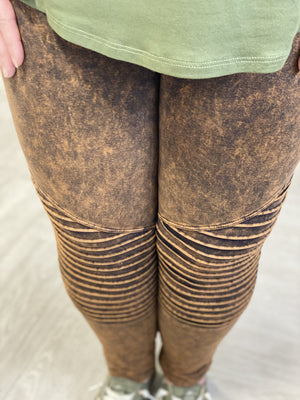 Load image into Gallery viewer, MINERAL WASH MOTO LEGGINGS