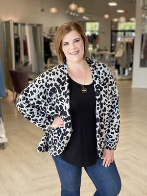 Load image into Gallery viewer, SNOW LEOPARD PRINT COCOON CARDIGAN