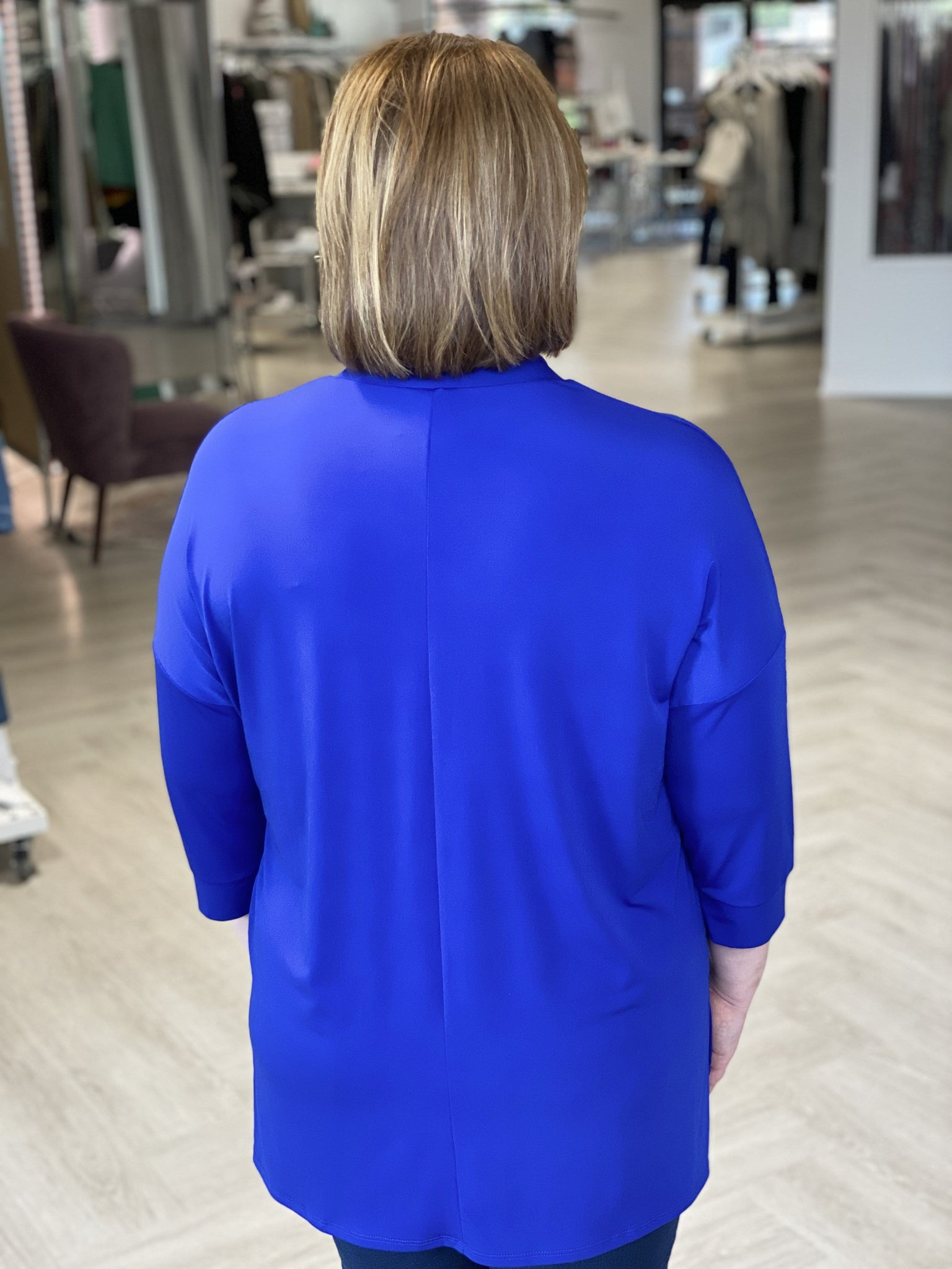 SOLID BREEZY 3/4 LENGTH DOLMAN BLOUSE IN ROYAL BLUE