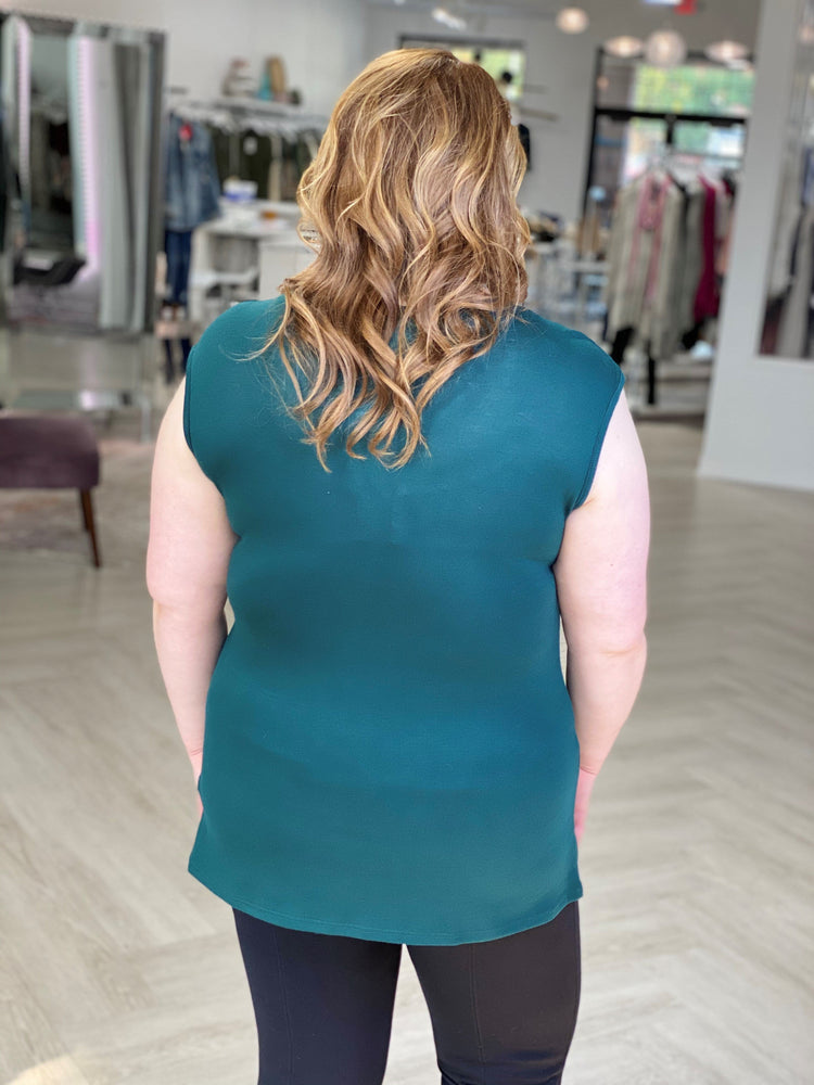 SOLID V-NECK TANK IN FOREST GREEN