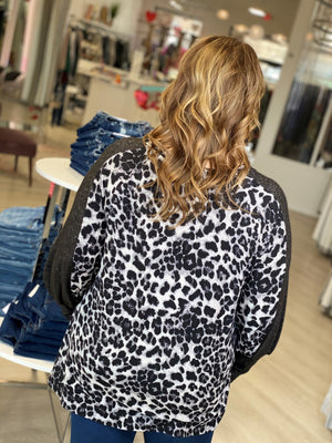 SUPER SOFT ANIMAL PRINT TUNIC WITH CUFF SLEEVE